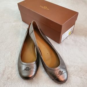 Coach Chelsea 9.5 Gunmetal Metallic Leather Flats